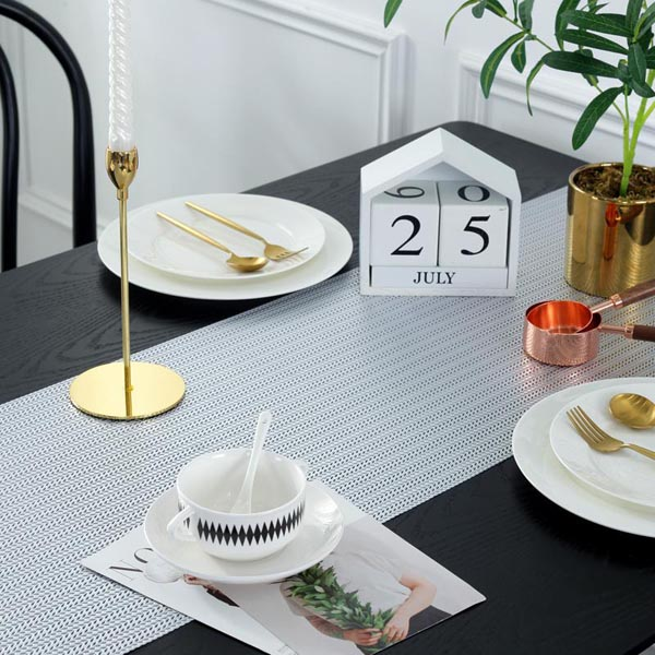 WANTU PVC SILVER Table Runner TR1420